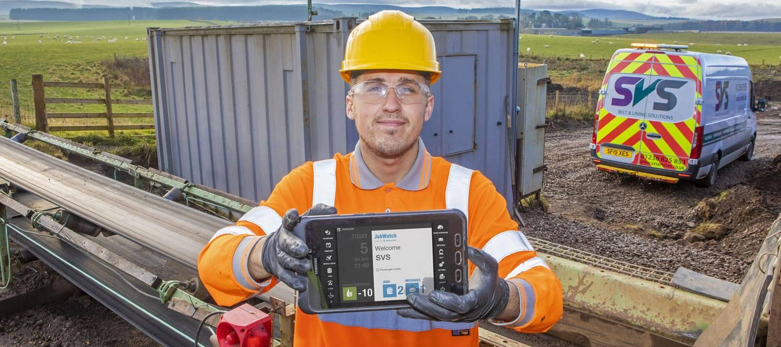 SVS employee using a JobWatch Mobile device